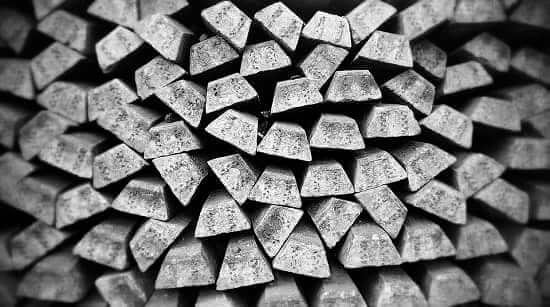 Difference Between Silver Bars and Silver Ingots