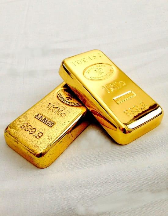 Gold investment vs stocks